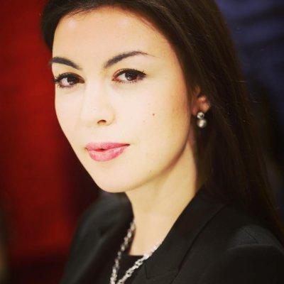 Kamila-CV-photo-820x1024